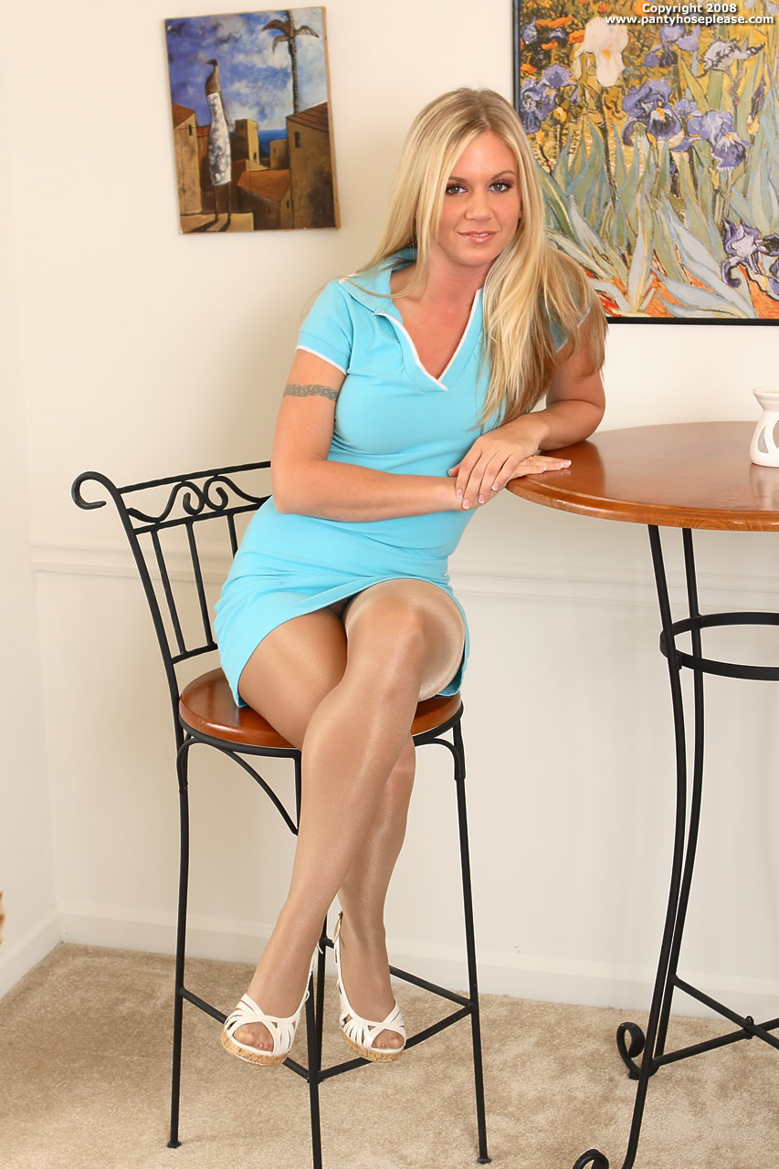 Website Pantyhose Please Com 46
